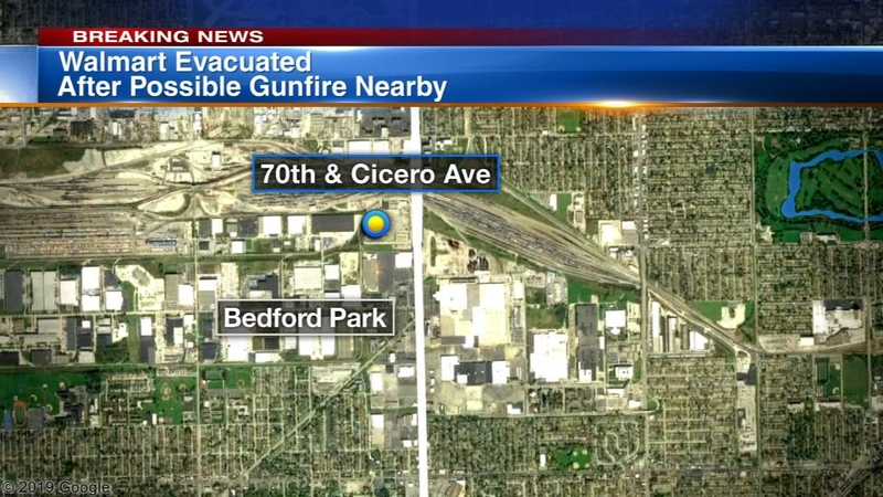 Bedford Park Walmart evacuated for reports of possible shots fired, police  say