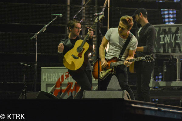 """<div class=""""meta image-caption""""><div class=""""origin-logo origin-image none""""><span>none</span></div><span class=""""caption-text"""">Hunter Hayes played in front of 61,306 enthusiastic fans during the second night of the Houston Livestock Show and Rodeo (KTRK Photo/ David Mackey)</span></div>"""