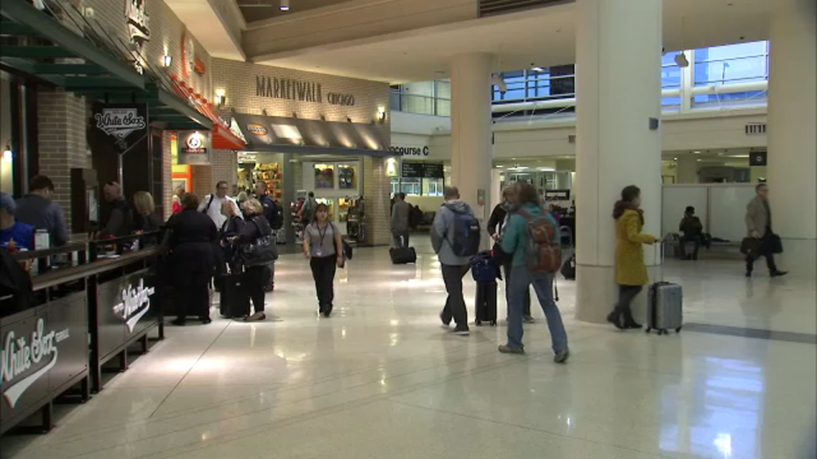 Midway ranked as worst airport in US, report says