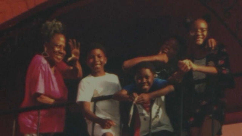 Three siblings, aged 7 to 13, drown in sea during family