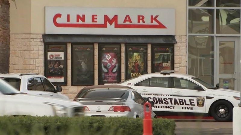 Masked man causes scare at Memorial City Mall