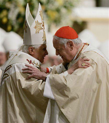 "<div class=""meta image-caption""><div class=""origin-logo origin-image none""><span>none</span></div><span class=""caption-text"">Pope Benedict XVI greets Cardinal Edward Egan, archbishop of New York as they celebrate Mass at St. Patrick's Cathedral (AP Photo/ Mel Evans)</span></div>"