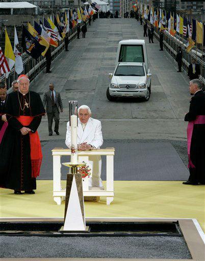 "<div class=""meta image-caption""><div class=""origin-logo origin-image none""><span>none</span></div><span class=""caption-text"">Pope Benedict XVI prays as New York Cardinal Edward Egan in 2008 (AP Photo/ Kathy Willens)</span></div>"