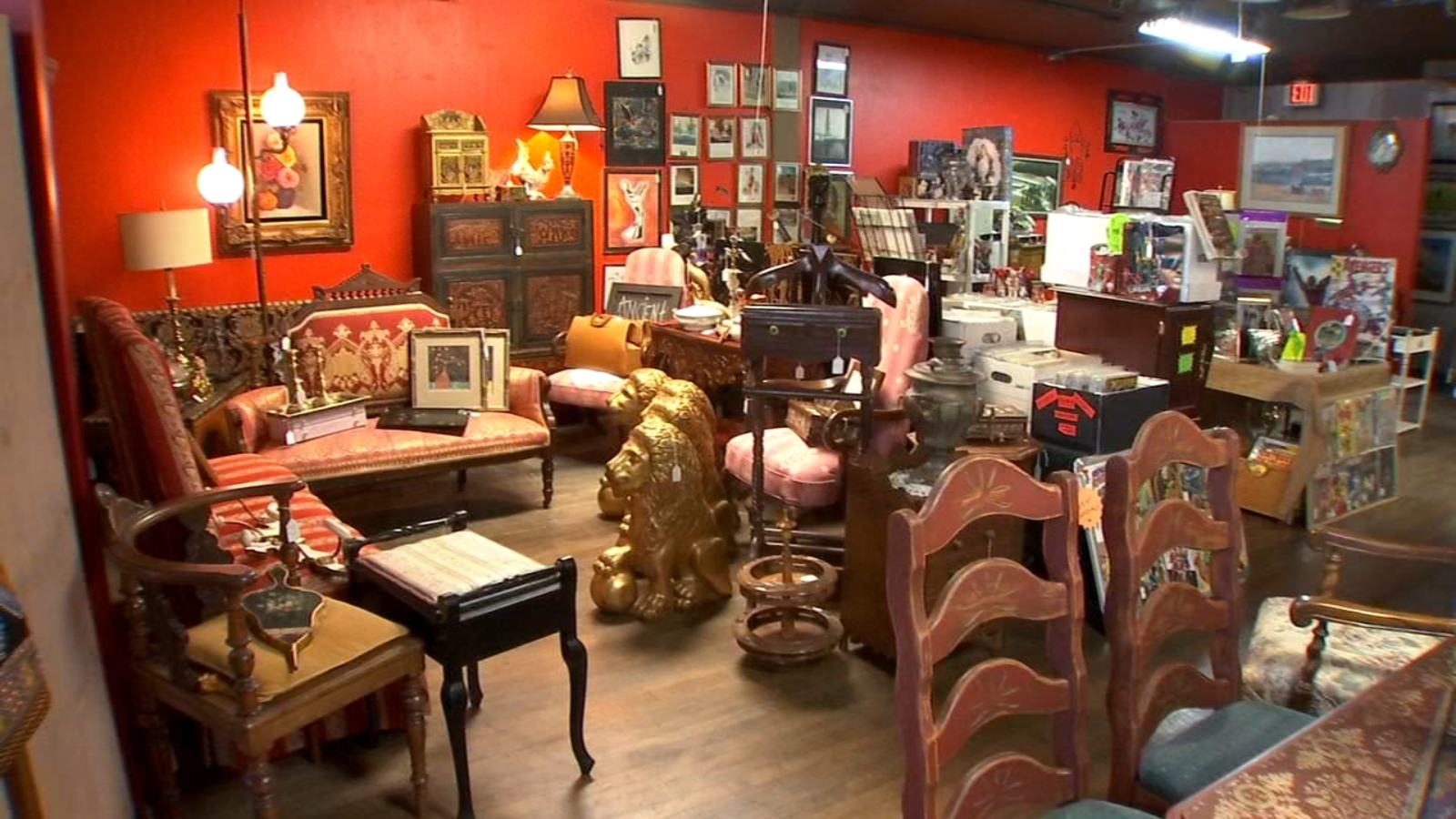 This new antique store in central Fresno will feed your 80s nostalgia