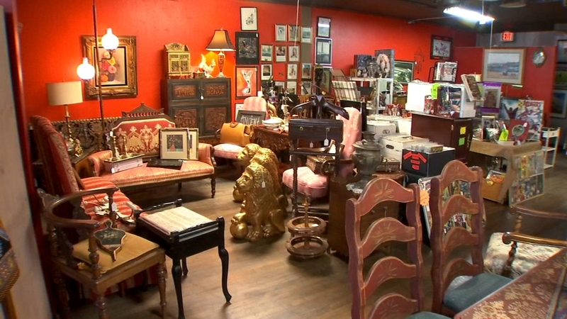 This New Antique Store In Central Fresno Will Feed Your 80s