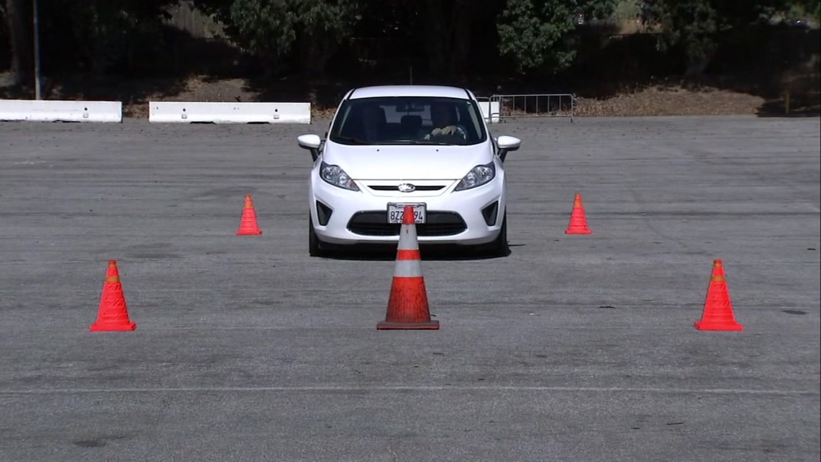Hit the brakes! ABC7 conducts real-time driving test