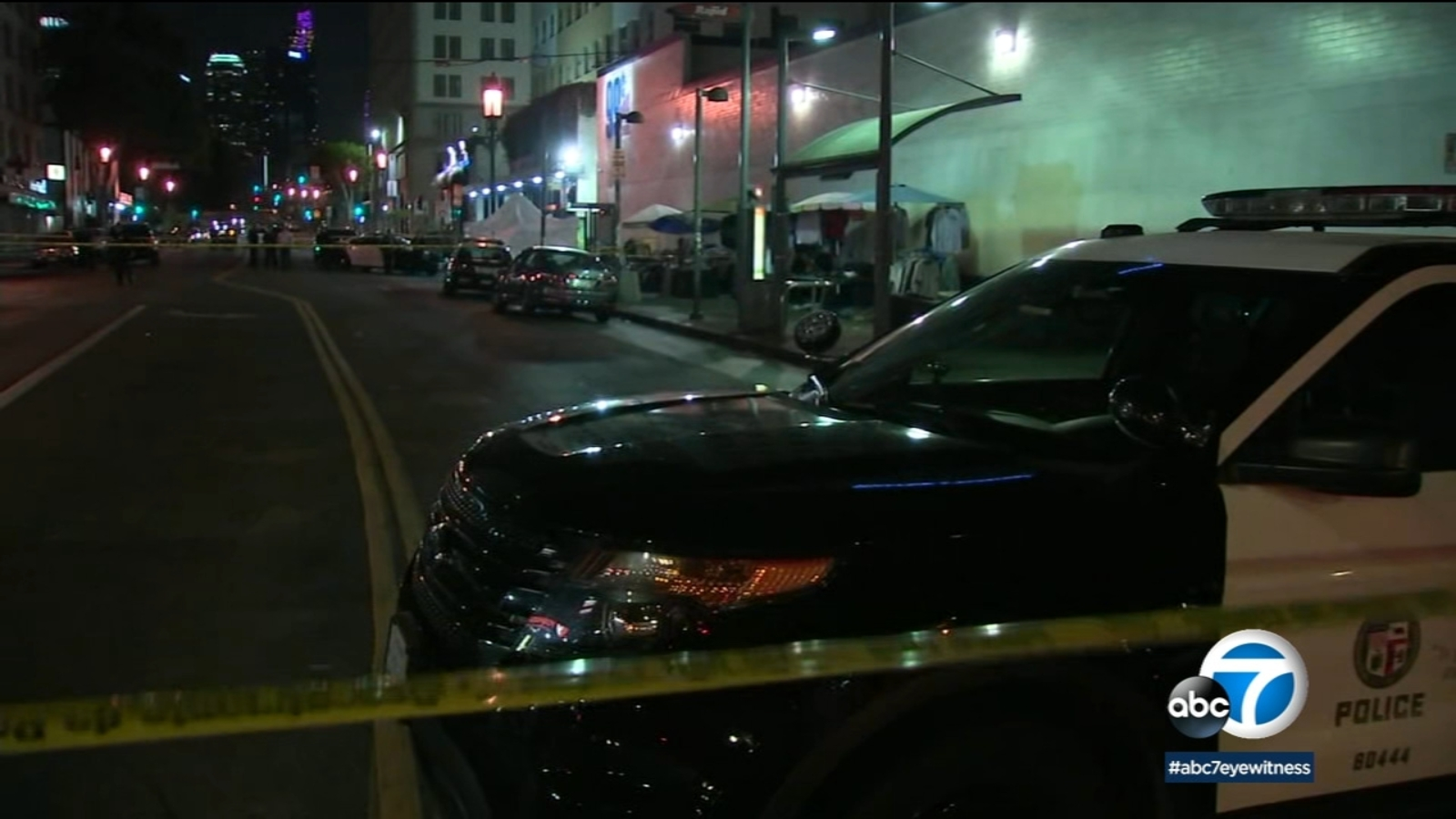 1 killed in shooting at bus stop in crowded area of Westlake; 2 suspects detained