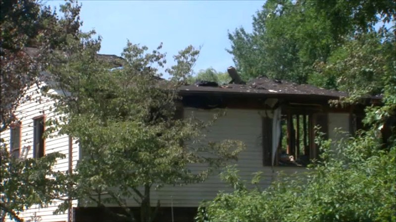 2 killed when plane crashes into home in Dutchess County