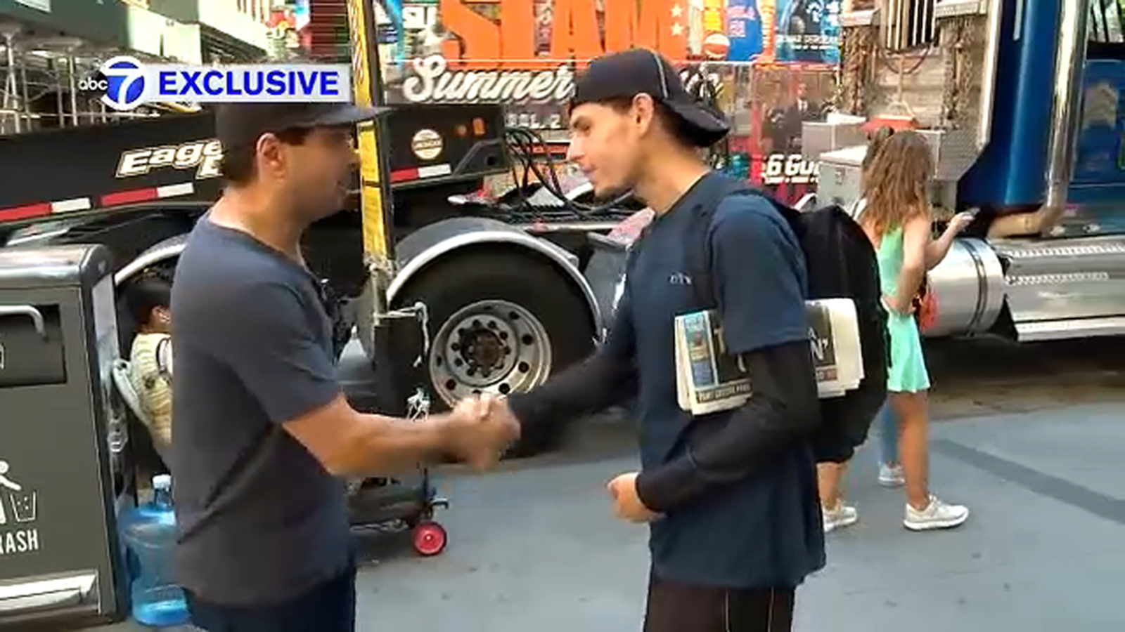 Exclusive: Homeless man given shoes by jogger in NYC now has job offer