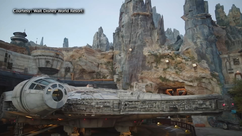 Step inside an immersive Star Wars experience