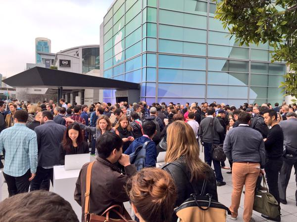 "<div class=""meta image-caption""><div class=""origin-logo origin-image kgo""><span>KGO</span></div><span class=""caption-text"">People arrive at the Apple Watch event in San Francisco on Monday, March 9, 2015. (KGO)</span></div>"