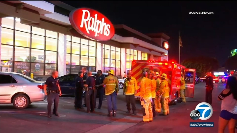 2 victims found stabbed inside a Koreatown Ralphs