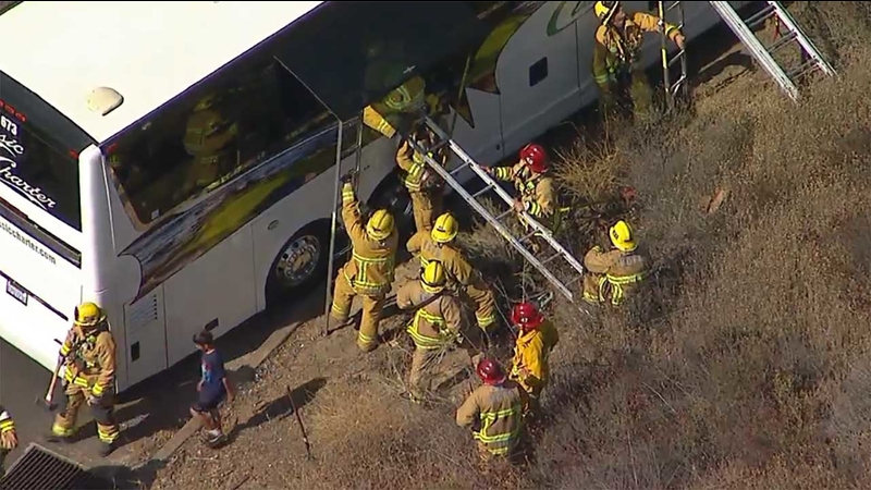 Charter bus crash shuts down WB 118 for hours in Simi Valley