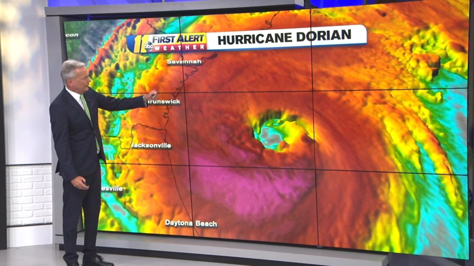 Hurricane Dorian strengthens as it tracks along the coast, toward Carolinas