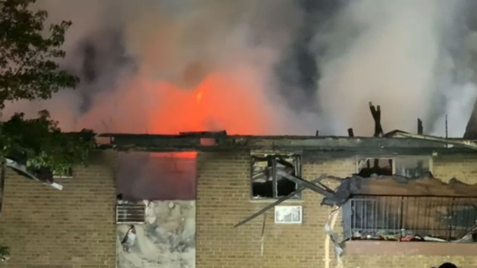 3 people, including child, hurt in New Jersey condo complex fire