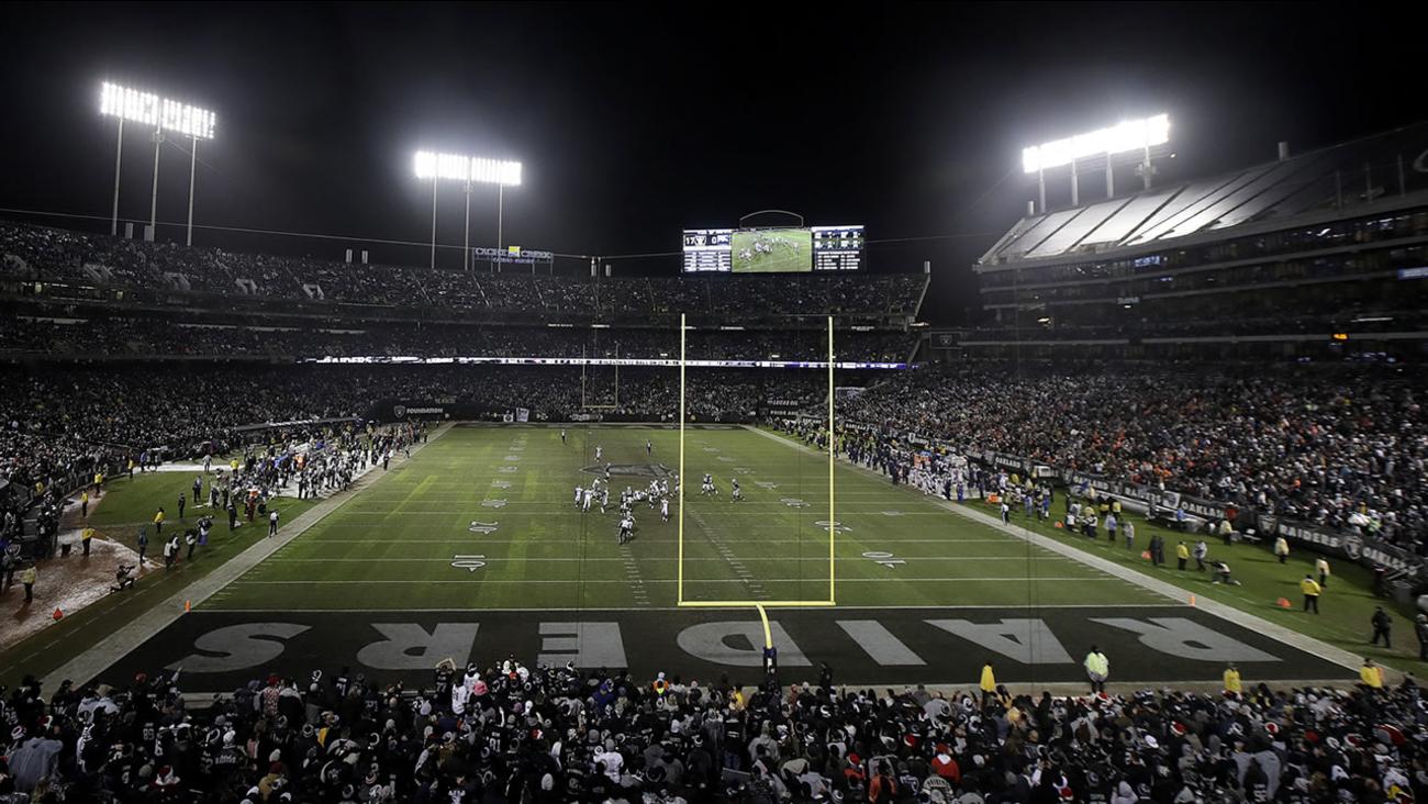 WATCH ON ABC: Raiders host Broncos on Monday Night Football