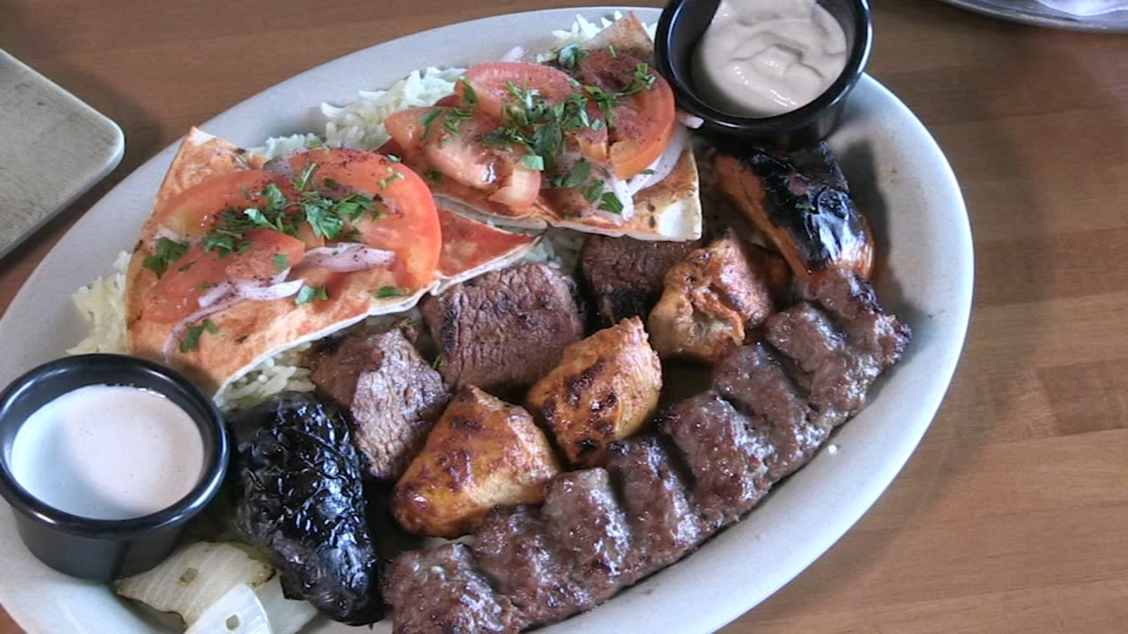 Libanais restaurant in Lincolnwood brings flavors of home to Lebanese ex-pats