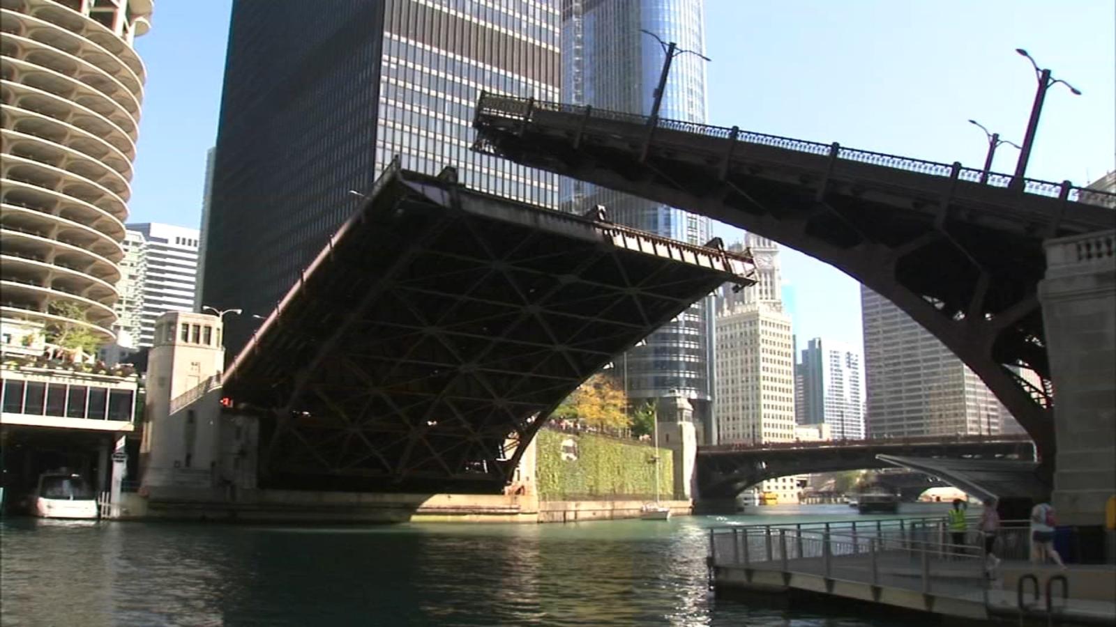 Bridge lifts along Chicago River begin Saturday, temporary traffic delays