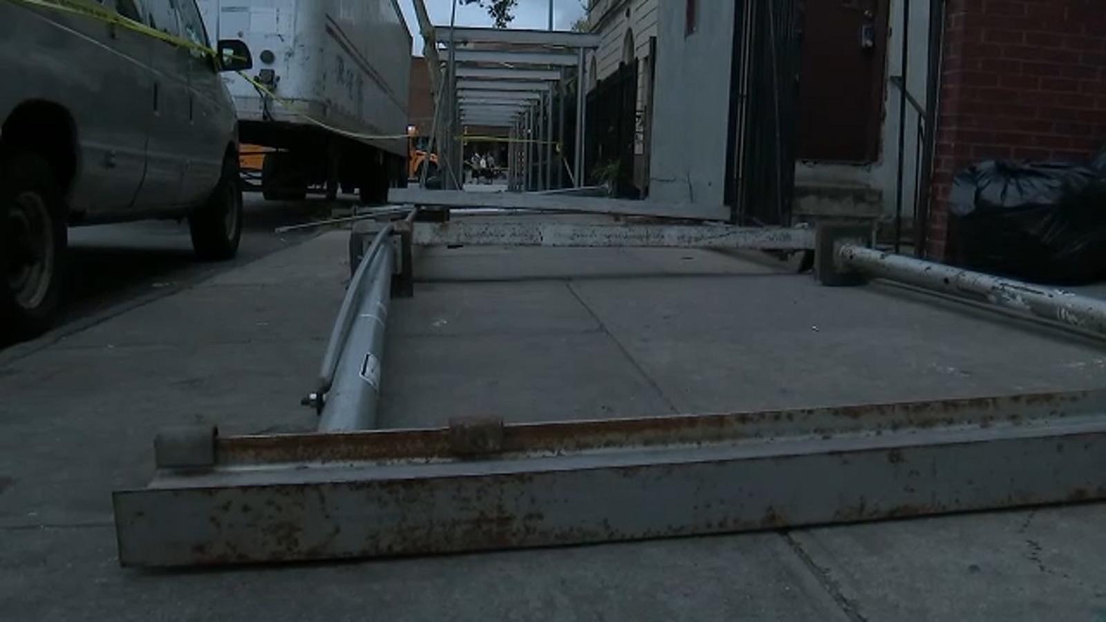 2 injured in sidewalk shed collapse outside Yeshiva in Brooklyn