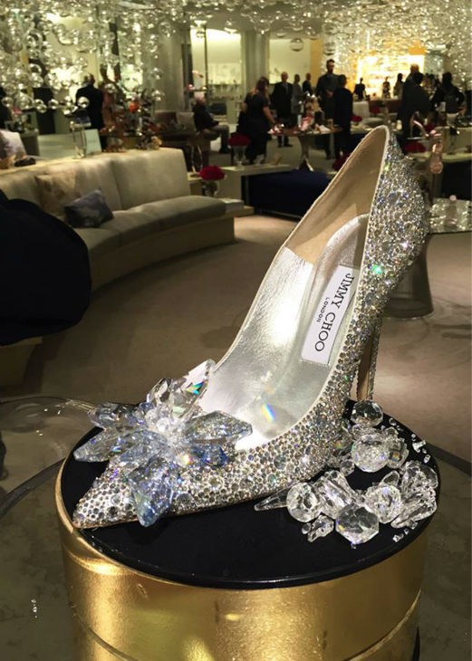 "<div class=""meta image-caption""><div class=""origin-logo origin-image none""><span>none</span></div><span class=""caption-text"">Famous shoe designers made glass slippers for Saks Fifth Avenue ahead of the premiere of ""Cinderella"" in theaters (WABC Photo)</span></div>"