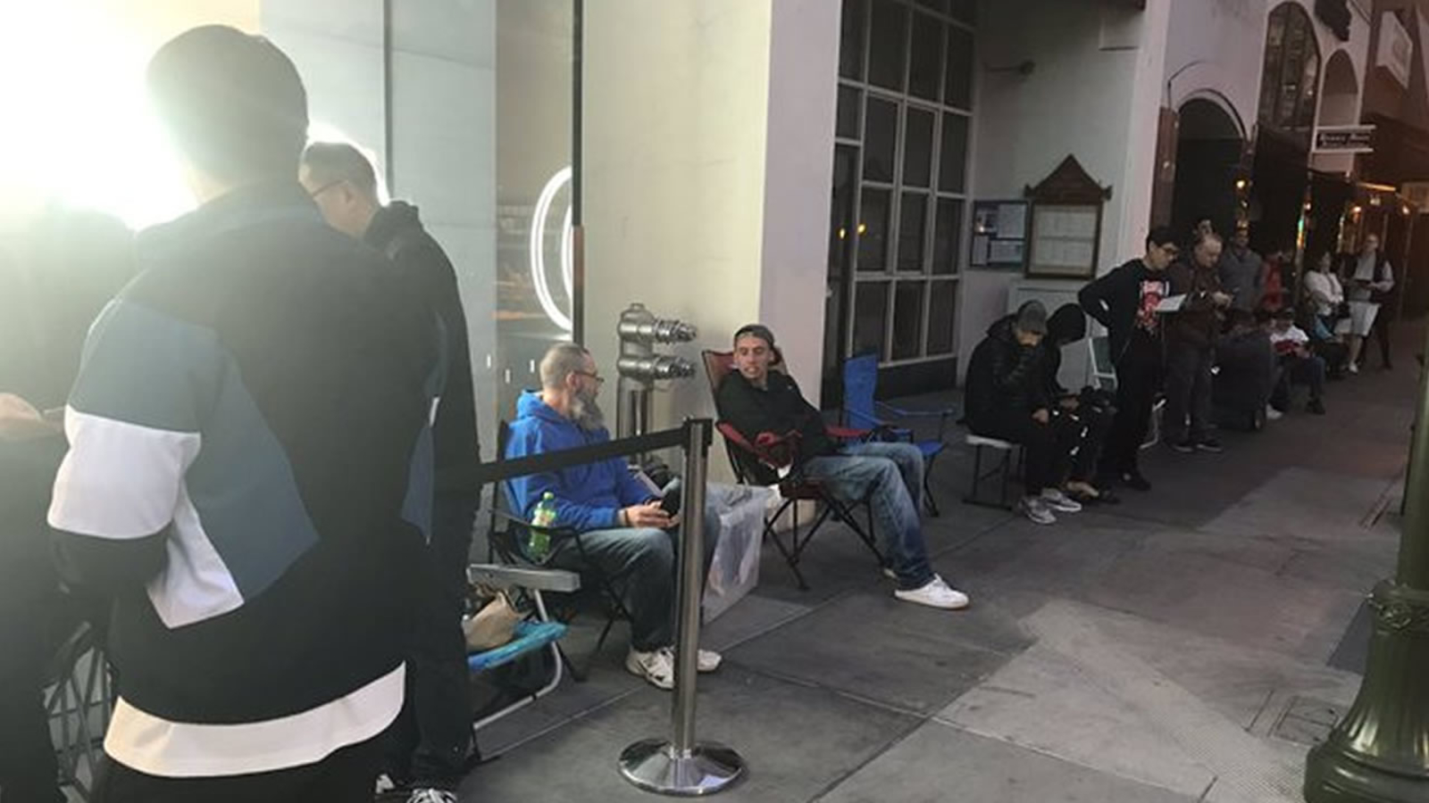 Apple iPhone 11 release: Fans lining up in Bay Area, around the world
