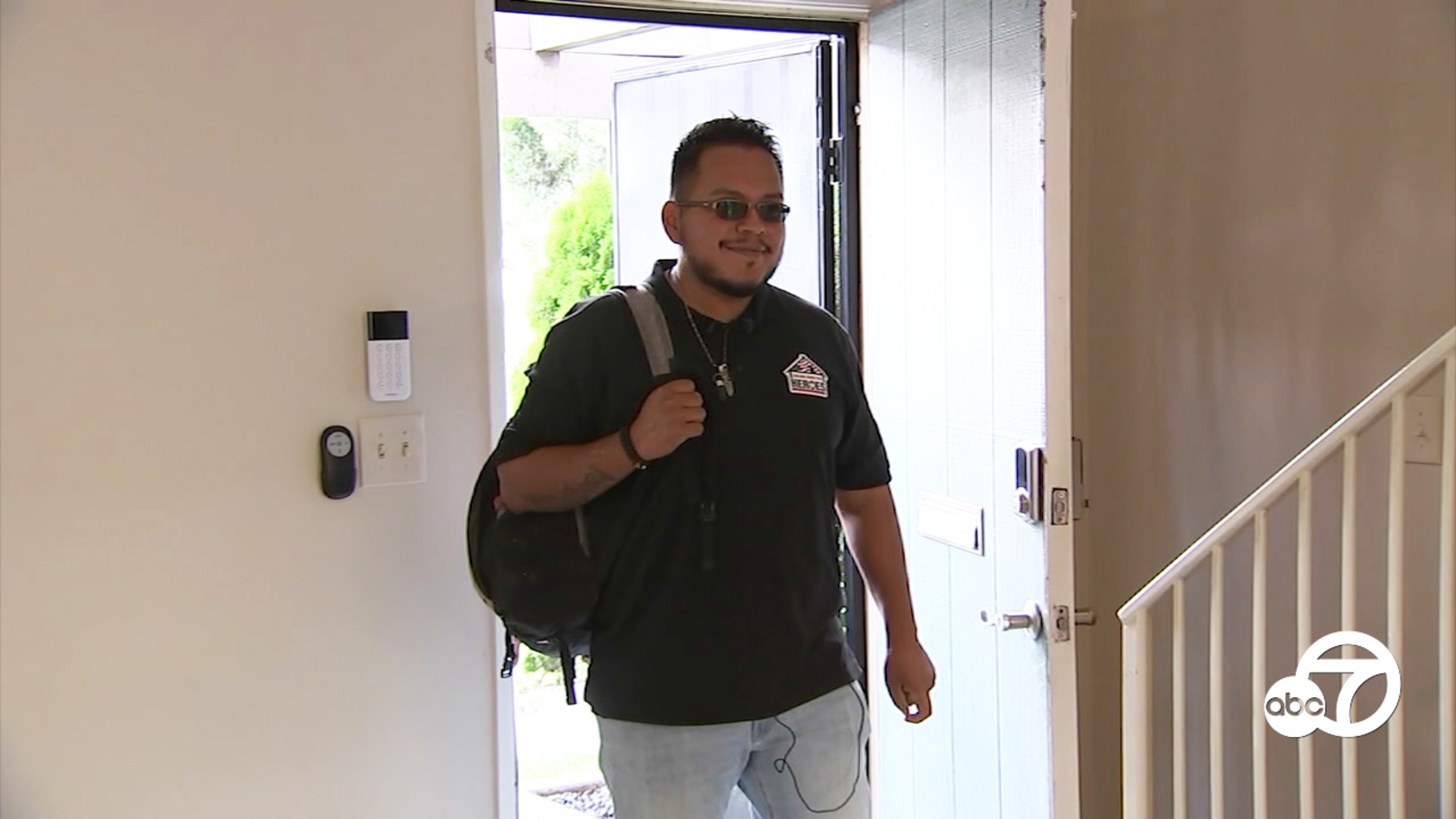 Eyewitness This: Purple Heart recipient gifted mortgage-free home in Stanton
