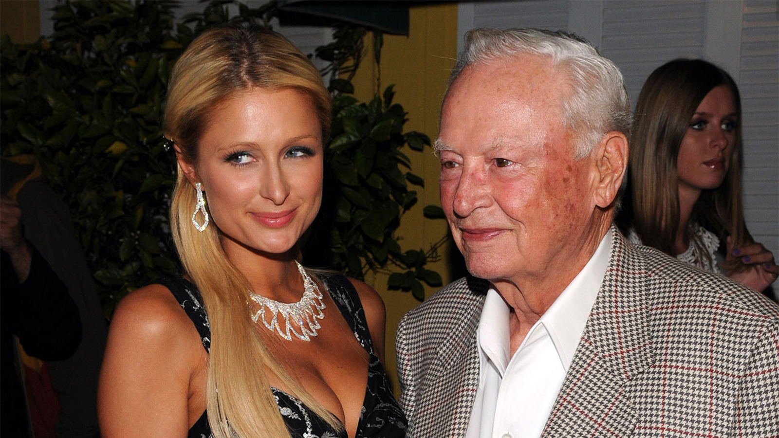 Barron Hilton, hotelier and Los Angeles Chargers founding owner, dead at 91