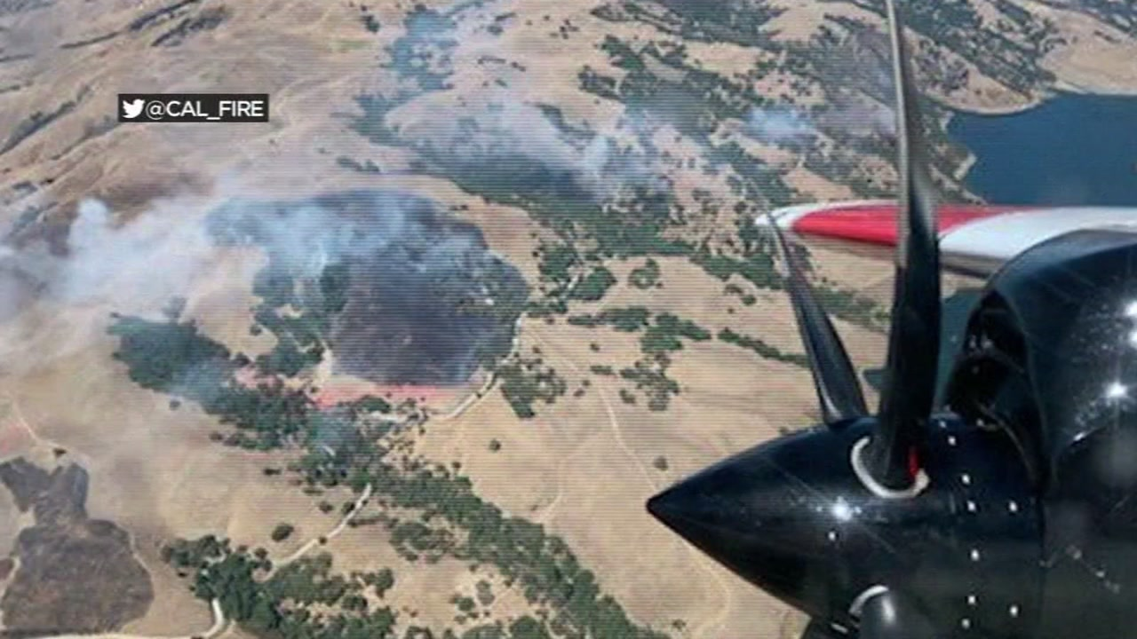 Firefighters battle 6 active fires near east Milpitas hills