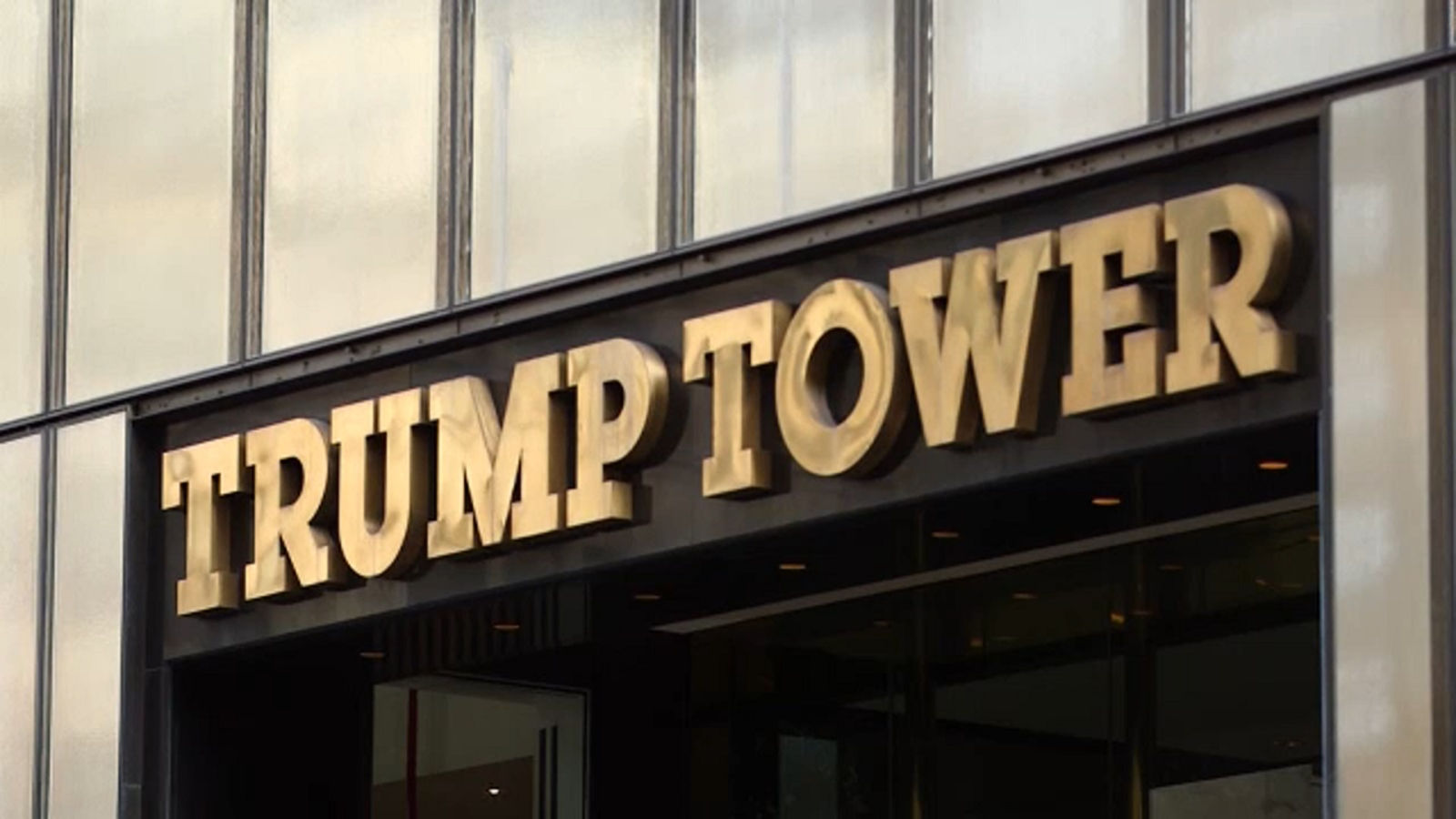 Police investigating 2 major jewelry thefts at Trump Tower in NYC