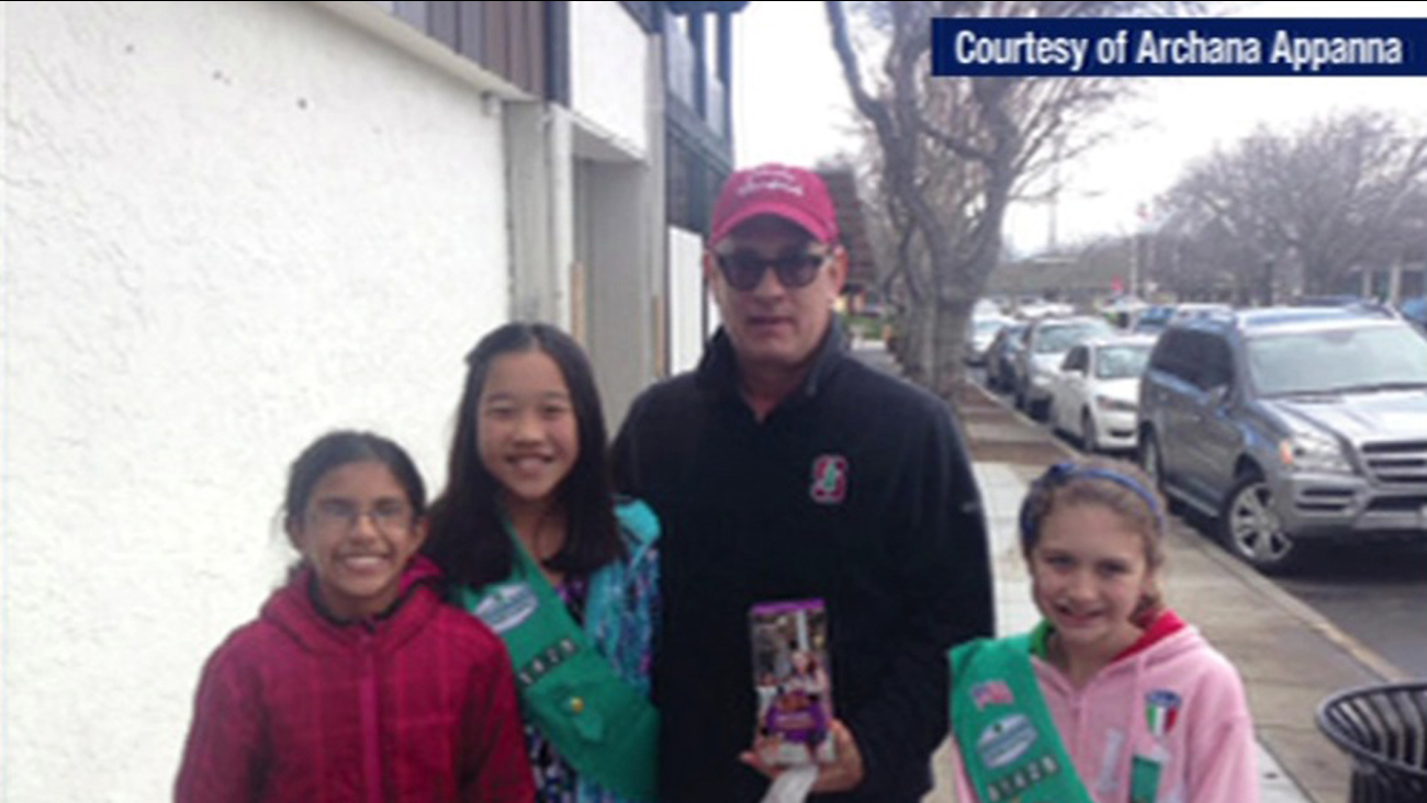 Tom Hanks helps sell Girl Scouts in Los Altos, California. (Archanna Appanna)