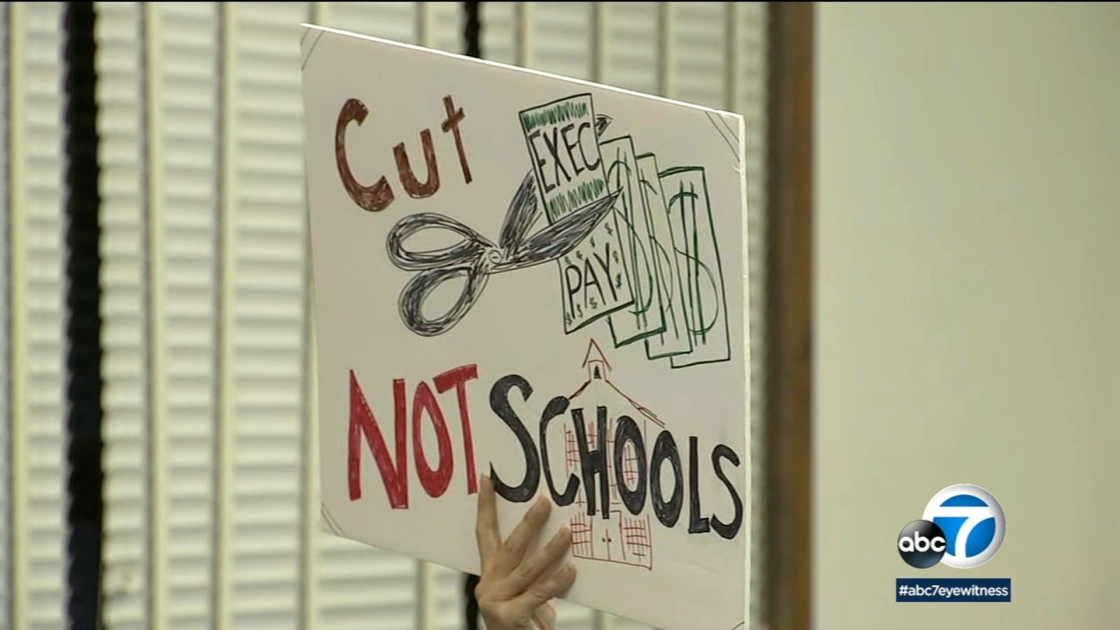 School Board Votes To Close 3 Pasadena Unified School District Schools Amid Shrinking Enrollment Financial Difficulties Abc7 Los Angeles