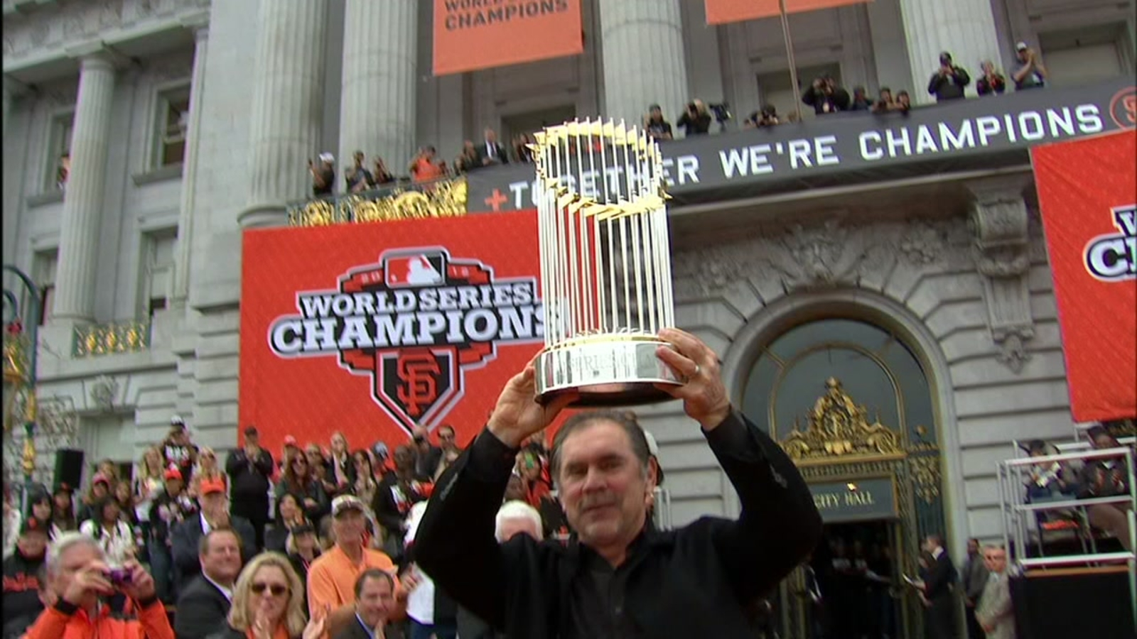Championships and connection define Bochy's run in San Francisco