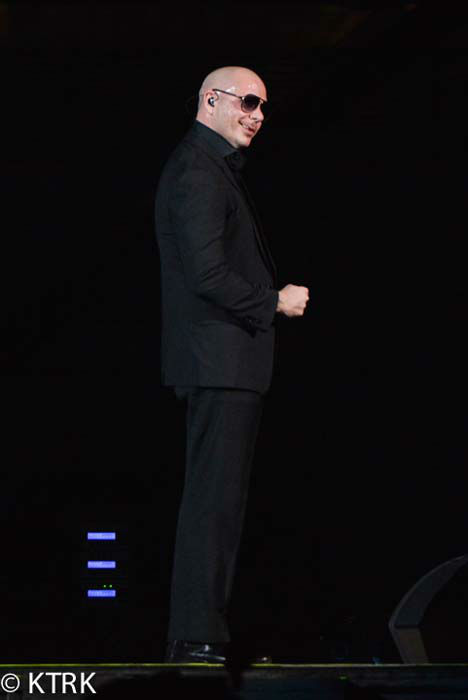 "<div class=""meta image-caption""><div class=""origin-logo origin-image none""><span>none</span></div><span class=""caption-text"">Pitbull performs at the 2015 Houston Livestock Show and Rodeo (KTRK Photo/ David Mackey)</span></div>"