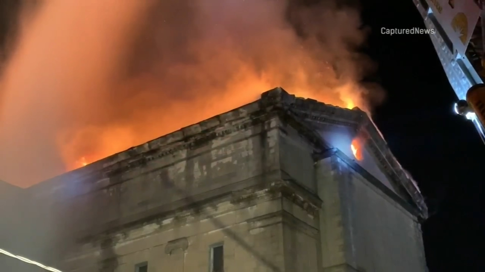 Fire destroys historic temple in downtown Aurora