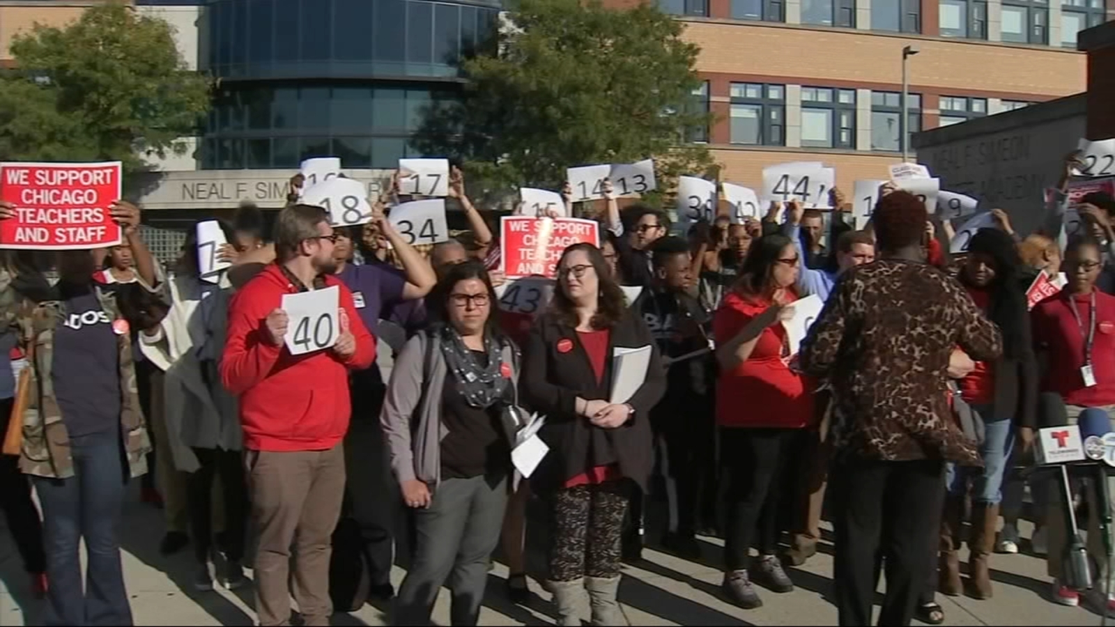 Chicago Teachers Union calls attention class size as potential strike looms