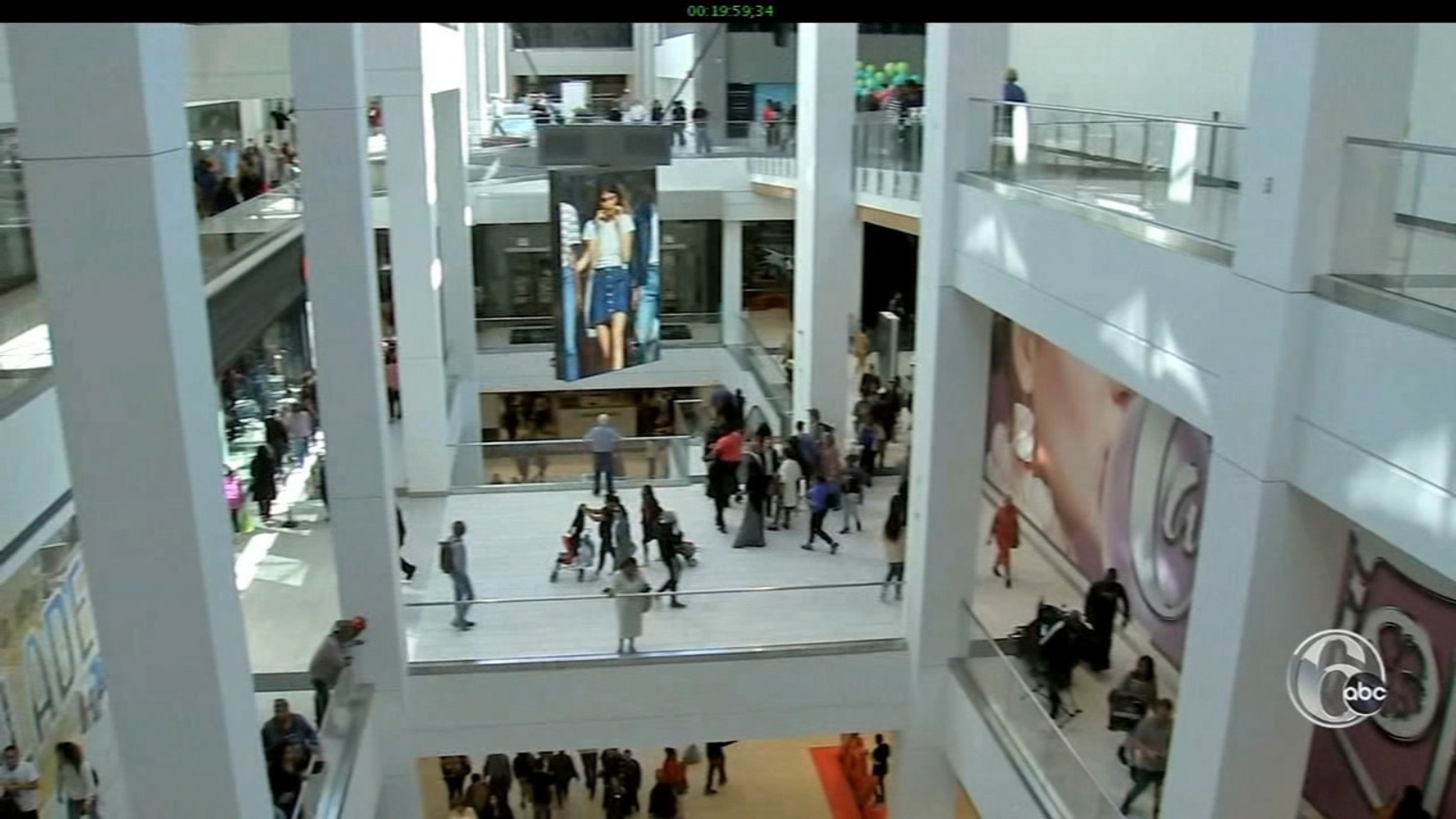 Inside The Gallery S Transformation To Fashion District Philadelphia Fyi Philly 6abc Philadelphia