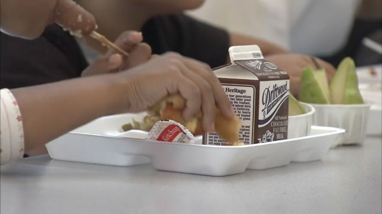 Nearly 1 million children could lose free lunches under new Trump administration rule