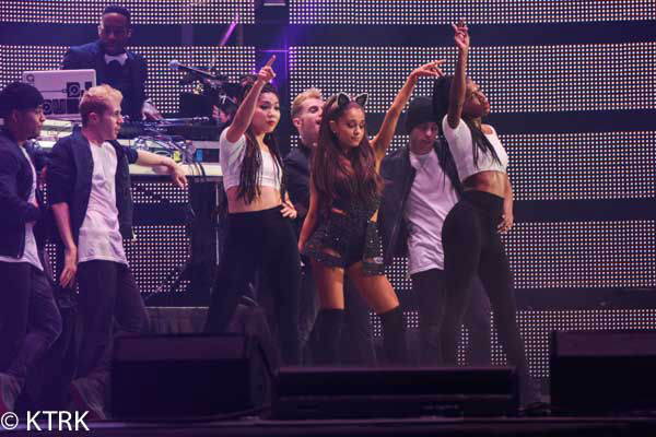 """<div class=""""meta image-caption""""><div class=""""origin-logo origin-image none""""><span>none</span></div><span class=""""caption-text"""">Ariana Grande played in front of 75,068 fans at the Houston Livestock Show and Rodeo (KTRK Photo/ David Mackey)</span></div>"""
