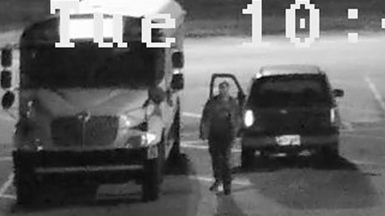 Suspect in bus battery theft. Image courtesy: Cumberland County Sheriff