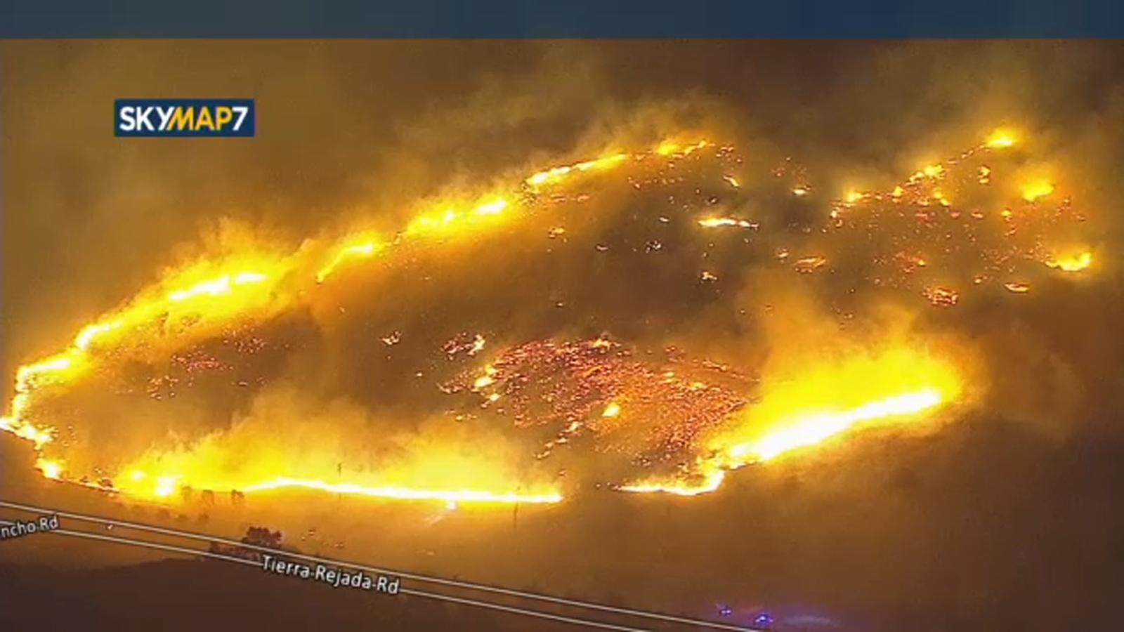 Simi Valley vegetation fire erupts amid extreme red flag conditions: WATCH LIVE - KABC-TV thumbnail