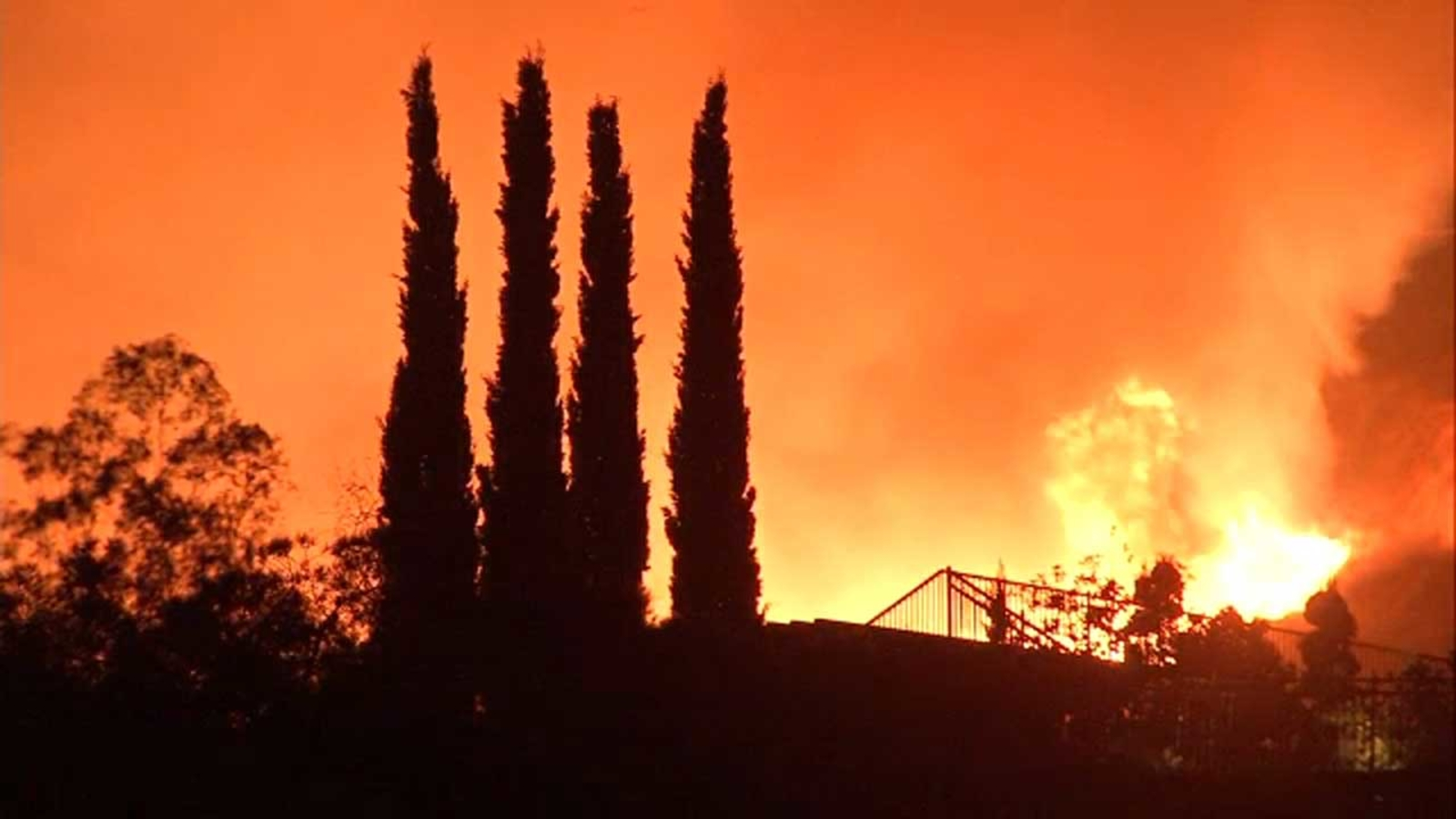 Fires In Southern California Today Abc7 Coverage Of Wildfires Burning In Los Angeles Abc7 Los Angeles
