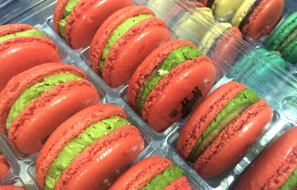 """<div class=""""meta image-caption""""><div class=""""origin-logo origin-image none""""><span>none</span></div><span class=""""caption-text"""">Macaron Day has introduced the French macaron to New Yorkers (Leah Frelinghuysen)</span></div>"""
