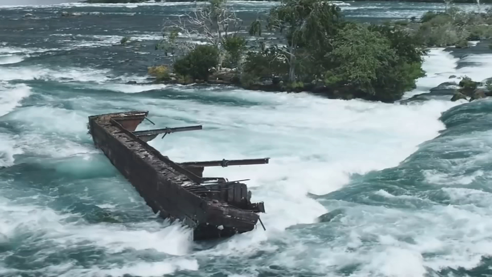 Niagara Falls Ship Boat Stuck Above Niagara Falls For More Than 100 Years Finally Moves Abc11 Raleigh Durham