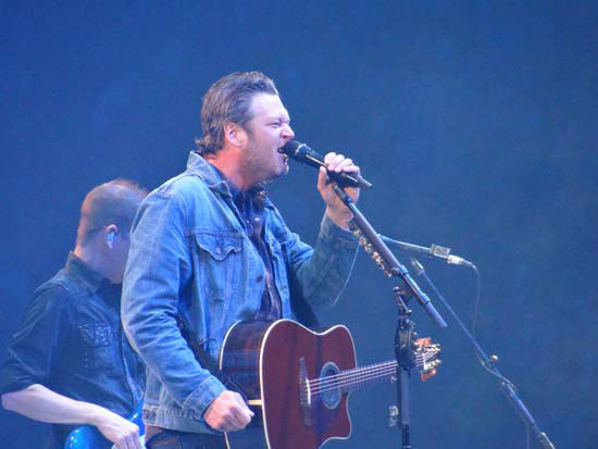 """<div class=""""meta image-caption""""><div class=""""origin-logo origin-image none""""><span>none</span></div><span class=""""caption-text"""">Blake Shelton performs at the 2015 Houston Livestock Show and Rodeo (KTRK Photo/ Cindy Wallace)</span></div>"""