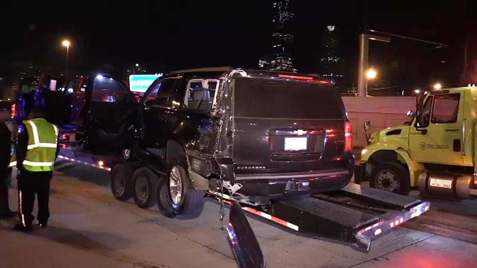 Police chase car hauler on I-94 after leaving scene of Dolton crash: ISP