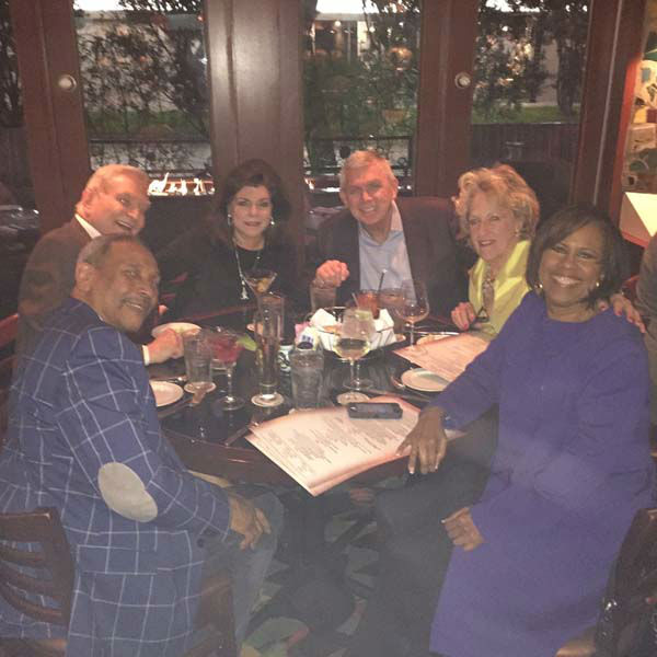 """<div class=""""meta image-caption""""><div class=""""origin-logo origin-image none""""><span>none</span></div><span class=""""caption-text"""">Dave Ward, Melanie Lawson, and Don Nelson all caught up over dinner with their significant others (KTRK Photo)</span></div>"""