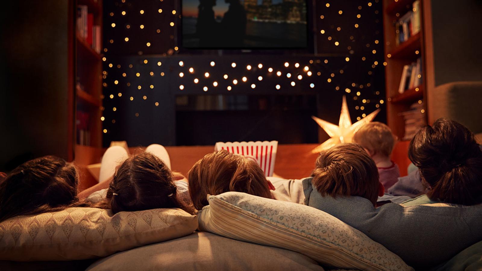 CenturyLink wants to pay you $1,000 to watch Hallmark Christmas movies - ABC13 Houston