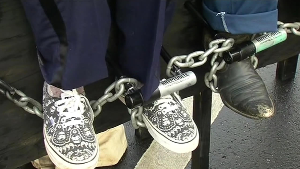 "<div class=""meta image-caption""><div class=""origin-logo origin-image kgo""><span>KGO</span></div><span class=""caption-text"">Protesters chained themselves to benches along the street as well on Monday, March 23, 2015. (KGO-TV)</span></div>"