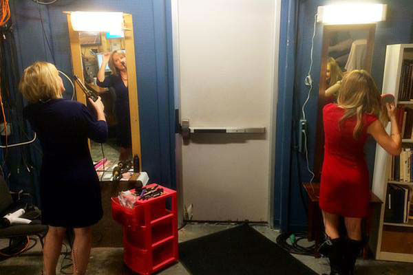 """<div class=""""meta image-caption""""><div class=""""origin-logo origin-image none""""><span>none</span></div><span class=""""caption-text"""">Casey and Katherine getting ready side by side this morning (KTRK Photo)</span></div>"""