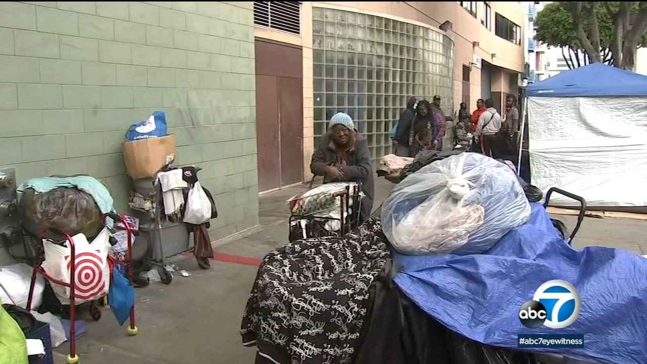 As LA struggles with homelessness, Supreme Court looks at right to sleep on sidewalks
